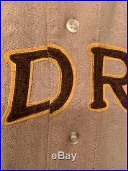 1969 San Diego Padres Jersey / Game Used Worn Roberto Pea