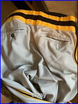 1975 san diego padres jersey and Pants/ game used worn Gene Locklear