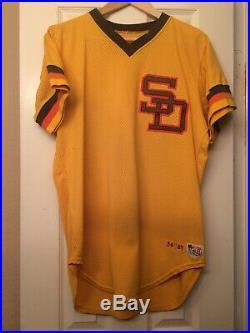 1983 san diego padres jersey/ game used worn jack krol