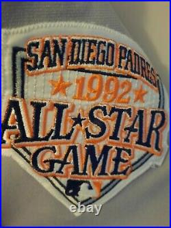 Benito Santiago 1992 Padres game used jersey RARE