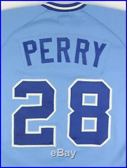 Gerald Perry 1985 Game Used Worn Atlanta Braves Powder Blue Jersey