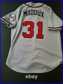 Greg Maddux 2001 Atlanta Braves Game Worn Jersey
